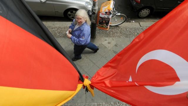 Euro 2008 - deutsche und türkische Fahne