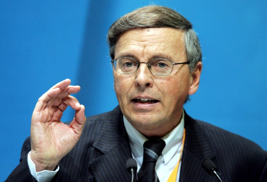 Bosbach kritisiert hohe Zahl Parlamentarischer Staatssekretaere
