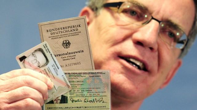 Pk de Maiziere neuer Personalausweis