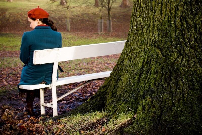 Mädchen, Parkbank, Single, alleine, Herbst, Park, spazieren