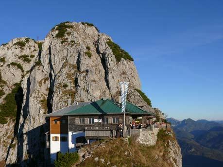 Touren in den Alpen: Die schönsten Hütten, Antes&Antes