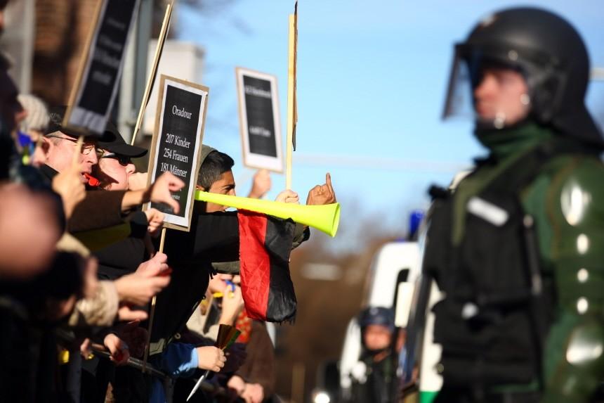 Neonazi-Demonstration + Gegendemonstration am Isarplatz