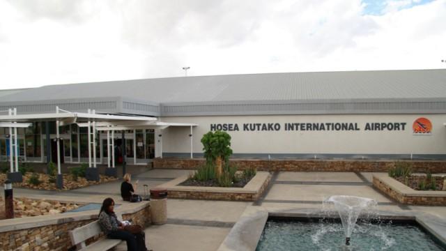 Mutmaßlicher Bombenfund: Idyllisch wirkt der Flughafen vonWindhuk. Am Mittwoch rückte er unerwartet in den Fokus westlicher Terrorfahndung.