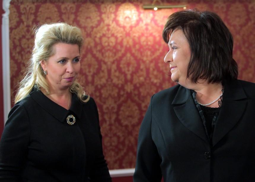 Russische und polnische First Ladies treffen sich