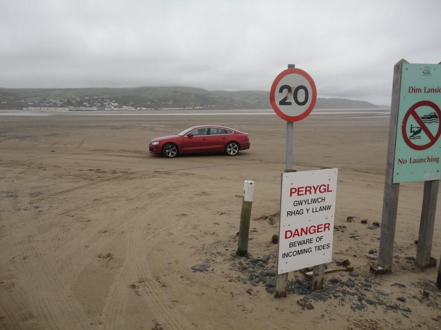 Audi A5 Sportback Wales Die Verwendung der Bilder ist honorarpflichtig (Kontakt: 0179 / 454 99 03)!