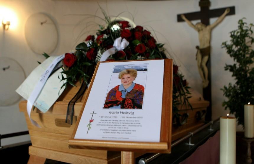 Maria Hellwig Funeral