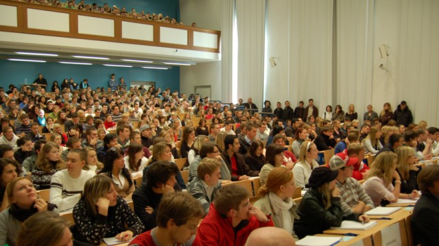 Bayerns Hochschulen buhlen mit Sonderangeboten um den letzten G9-Abiturjahrgang