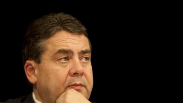 SPD-Linke stuetzen Seeheimer-Kritik an Gabriel