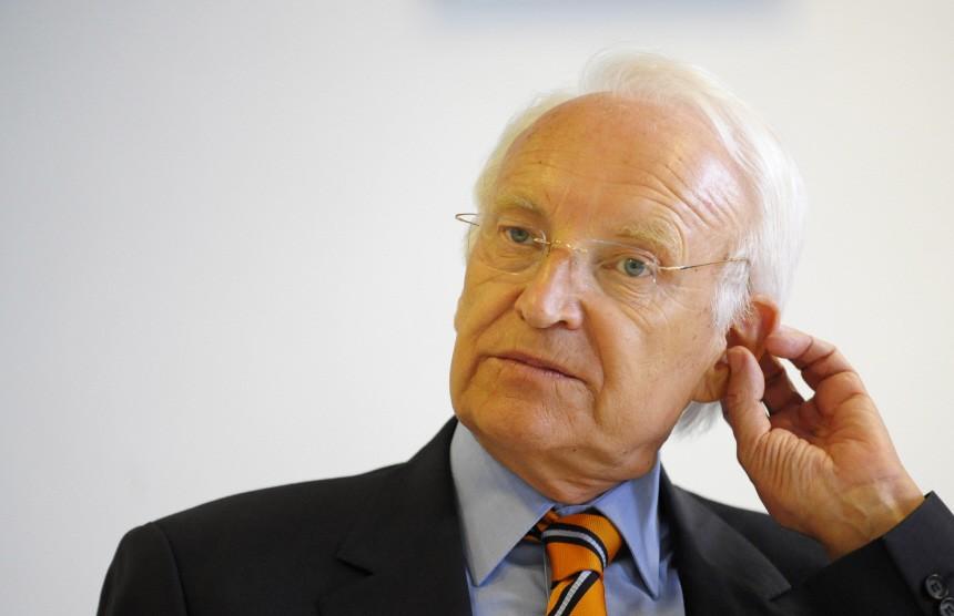 Stoiber muss sich zum Landesbank-Debakel erklaeren
