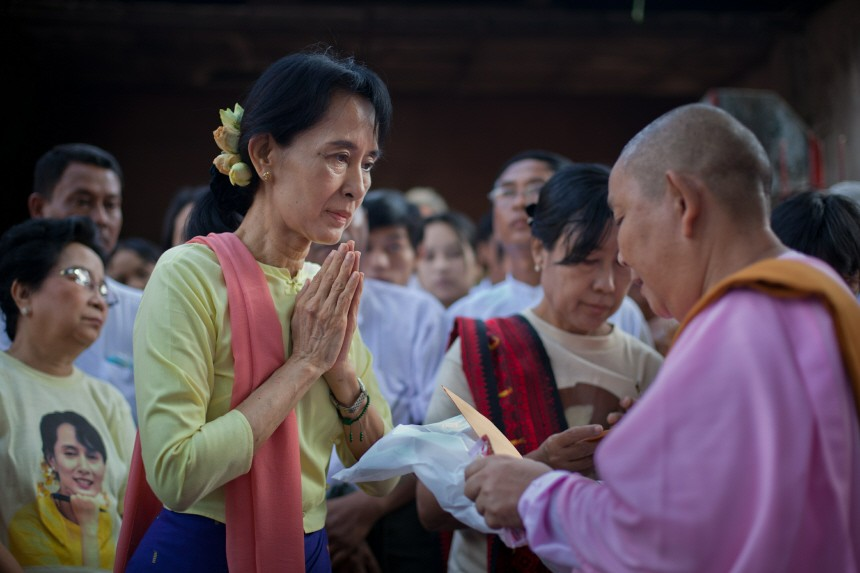 Aung Sang Suu Kyi Back To Work In Burma