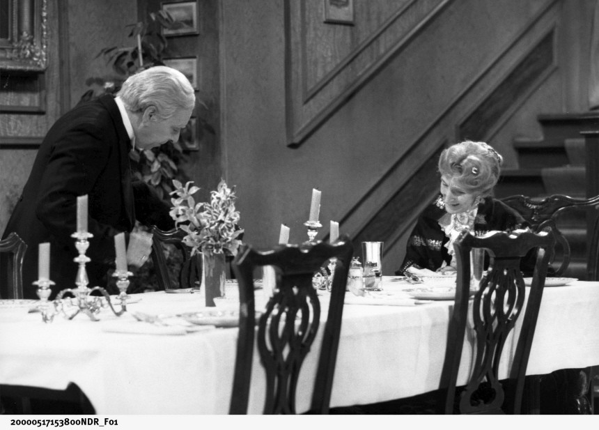 James Miss Sophie Dinner for one NDR