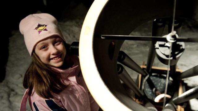 Astronomie: Die erst zehnjährige Kanadierin Kathryn hat mithilfe ihres Teleskops ein seltenes Himmelsereignis aufgenommen: eine Supernova.