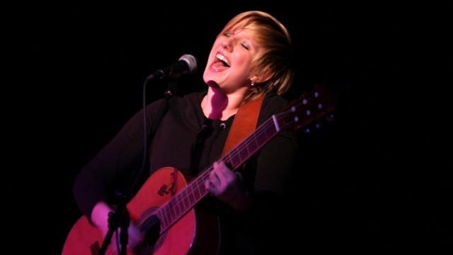 Claudia Koreck: Mein Traunstein: Claudia Koreck schaffte im Sommer 2007 mit dem Song Fliang den Durchbruch.