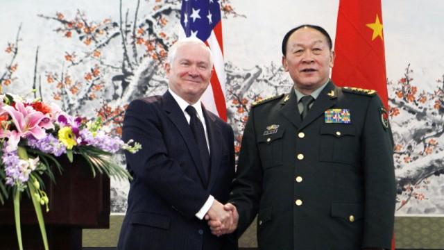 Robert Gates, Liang Guanglie