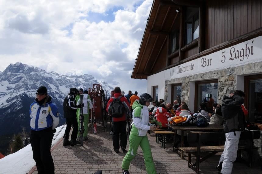 skihuetten