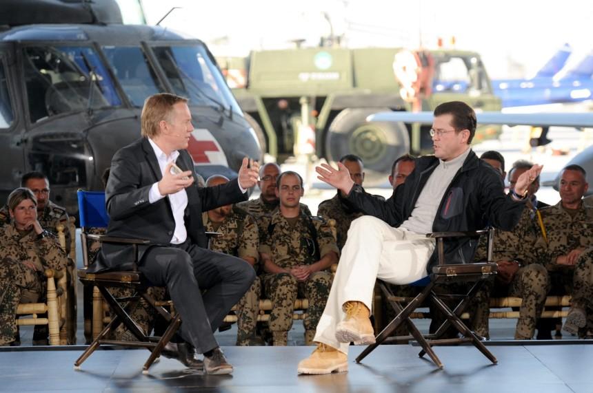 Verteidigungsminister Guttenberg in Afghanistan - 'Kerner'