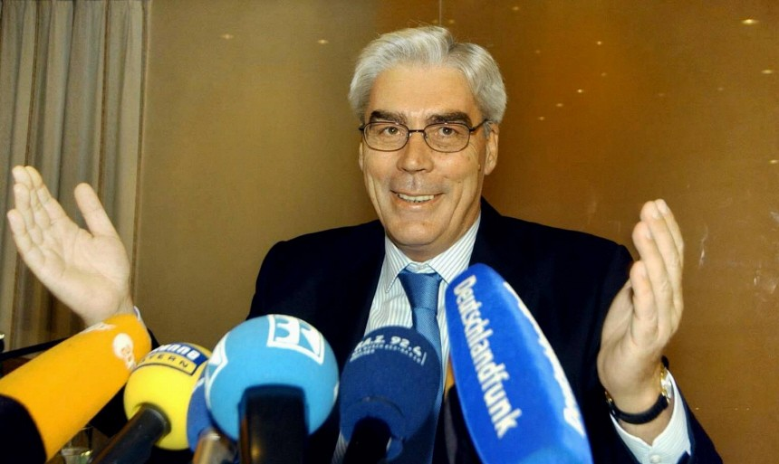 Ex-BayernLB-Chef Schmidt bestaetigt Zahlungen der HGAA an ihn