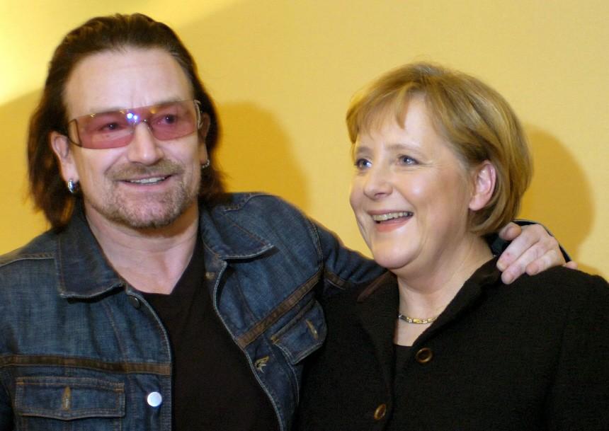 Weltwirtschaftsforum in Davos - Merkel und Bono