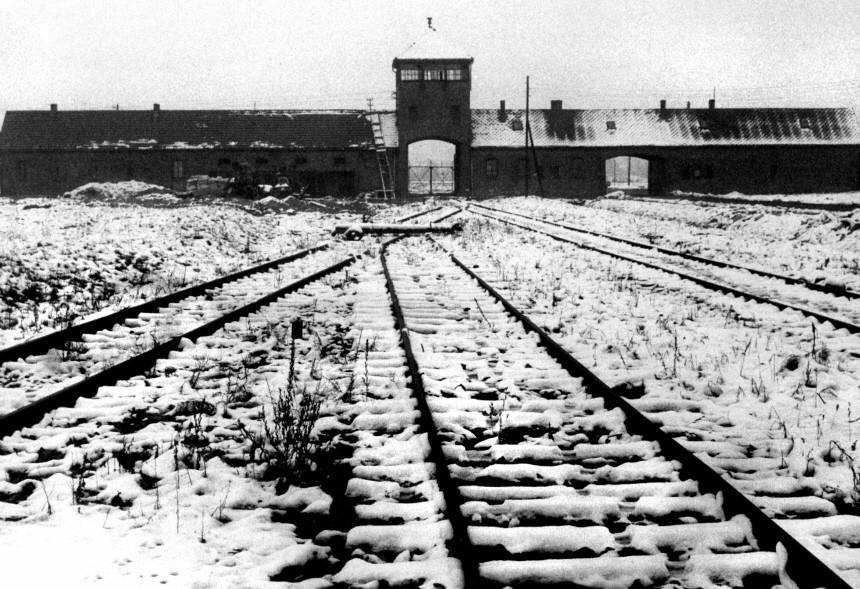 Holocaust-Gedenken in Auschwitz und im Bundestag