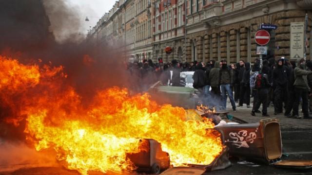 Dresden-Gedenktag - Auseinandersetzungen bei Demonstrationen