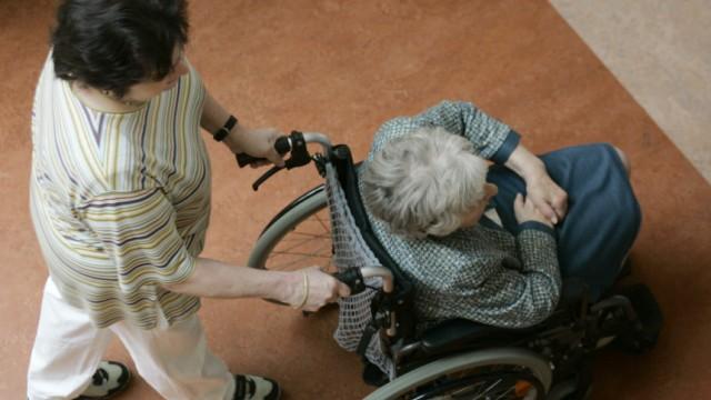 DGB: Pflegeversicherung wird noch teurer