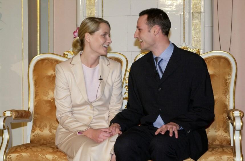 Norwegischer Kronprinz Haakon mit Verlobter Mette-Marit, 2000