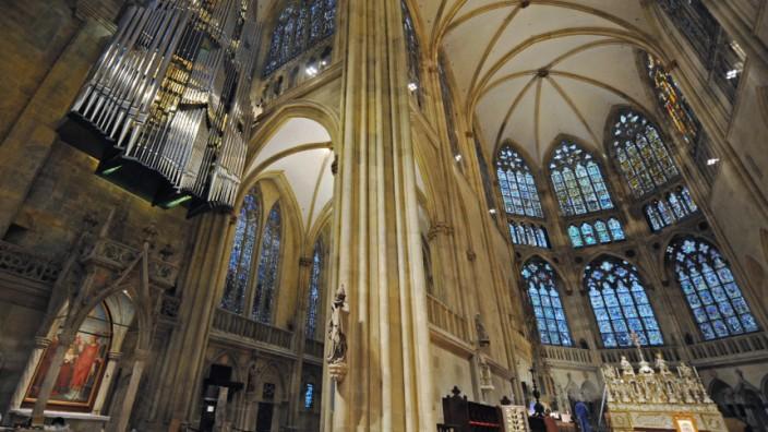 Weltrekord-Orgel tönt im Regensburger Dom