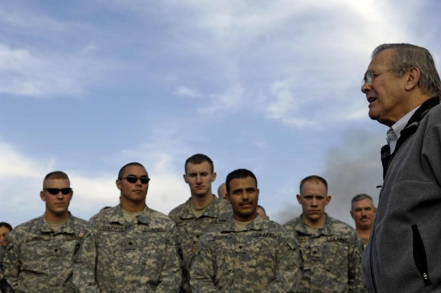 US-IRAQ-MILITARY-RUMSFELD