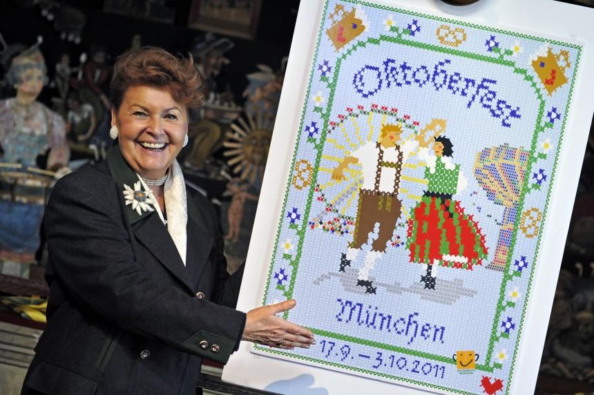 Praesentation des neuen Oktoberfest-Plakates 2011