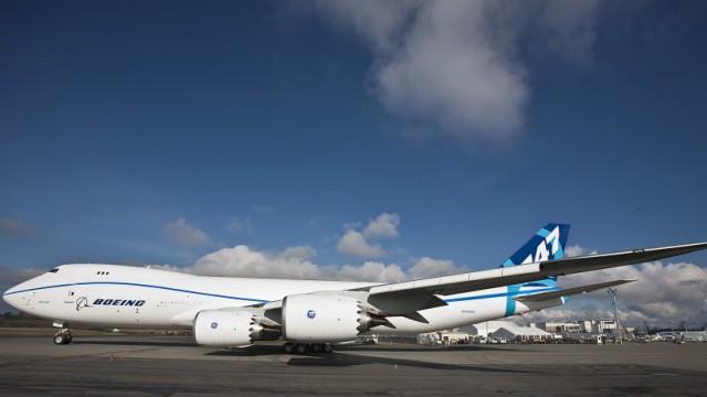Boeing 747-8 Freighter Plane Makes First Test Flight