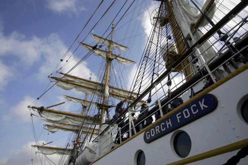 Guttenberg will Segelschulschiff 'Gorch Fock' erhalten