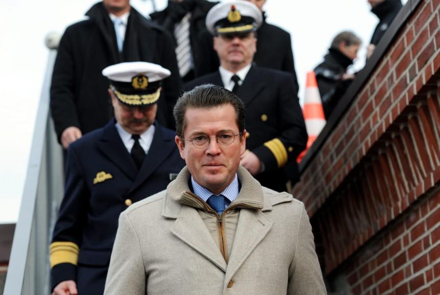 Guttenberg in der Marineschule Mürwik