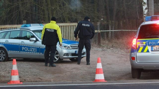 Drei Leichen im Schießstand gefunden