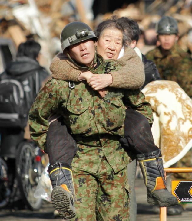 Schweres Erdbeben erschüttert Japan - Evakuierung