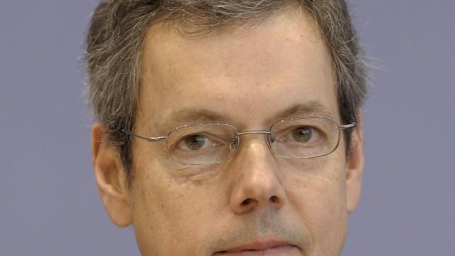 Bofinger lehnt Steuersenkungen als 'unverantwortlich' ab