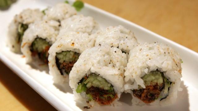 Japan: Atomkatastrophe: Sushi ist ein typisch japanisches Essen - doch als Frischeprodukt fast ausschließlich hier im Land gefertigt.