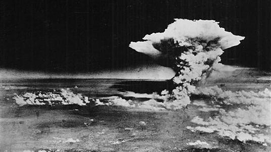 Nuke Free World, Hiroshima Mushroom Cloud Nuclear Bomb Explosion