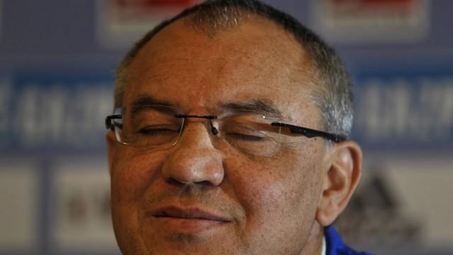 Schalke 04 entlaesst Trainer Felix Magath