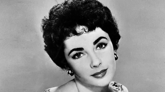 Elizabeth Taylor: 1932 - 2011: Ein undatiertes Porträt von Elizabeth Taylor: Die letzte große Diva des alten Hollywood ist im Alter von 79 Jahren gestorben.
