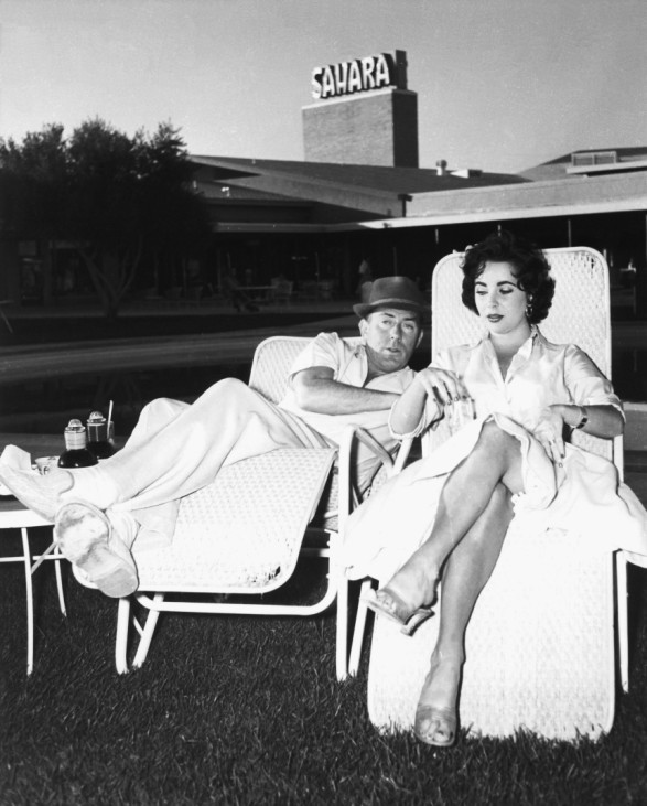 Publicity photo of actress Elizabeth Taylor and husband Michael Wilding in Las Vegas