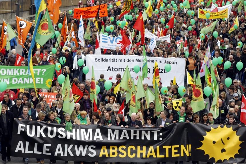 Demonstration gegen Atomenergie in Koeln