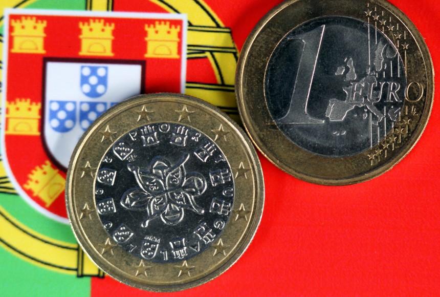 Auch Moody's stuft portugiesische Bonität herab
