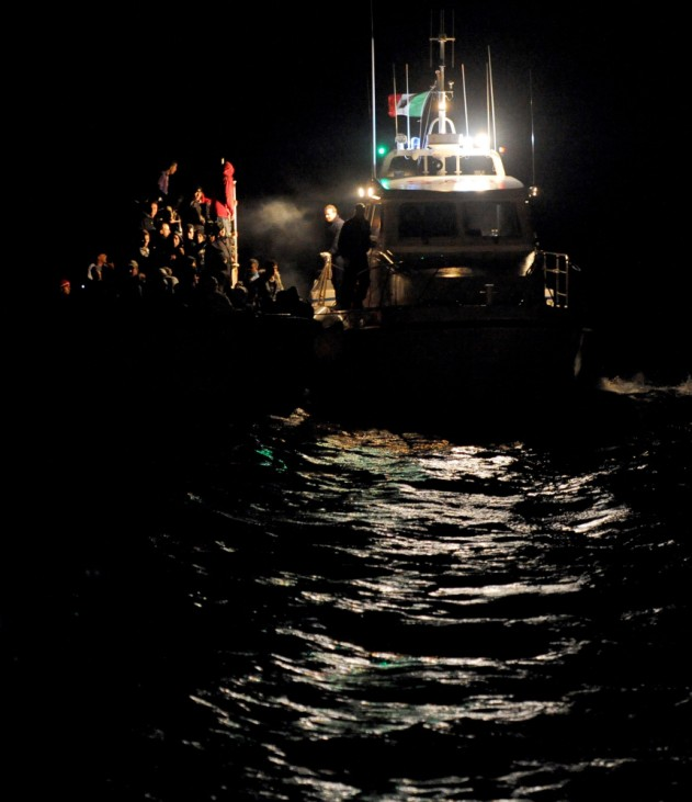 Migrants arrive to Italian island of Lampedusa