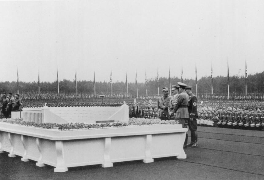Germania, Hitler, Ausstellung in Nürnberg