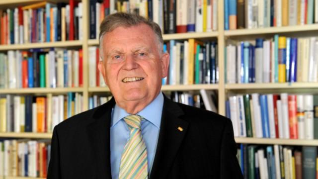 Erwin Teufel wird 70