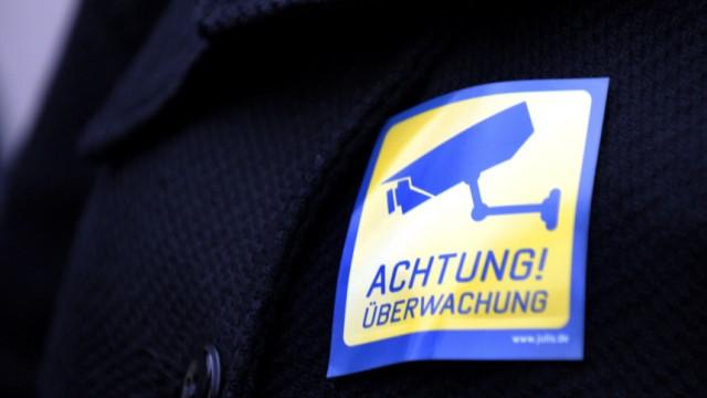 Koalition streitet offen ueber Vorratsdatenspeicherung