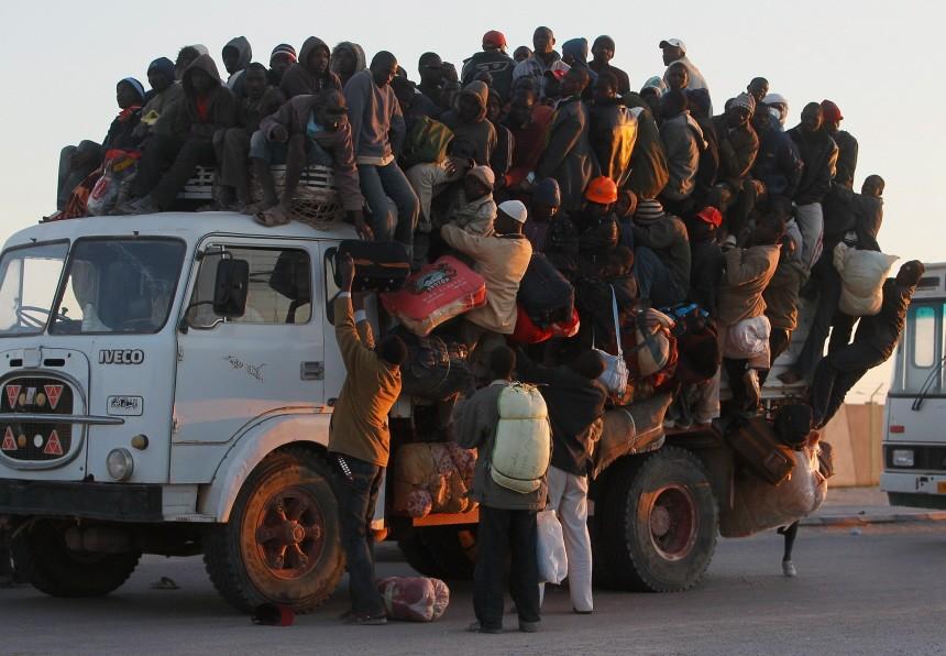 BESTPIX Besieged Libyan City Of Misrata Struggles Against Gaddafi's Forces