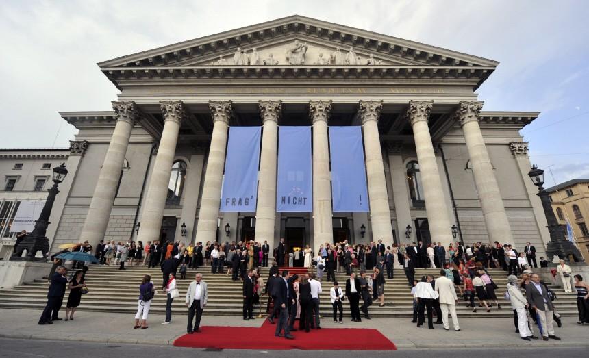 """Staatsoper spielt den ´Ring"""" und fährt zum Papst"""