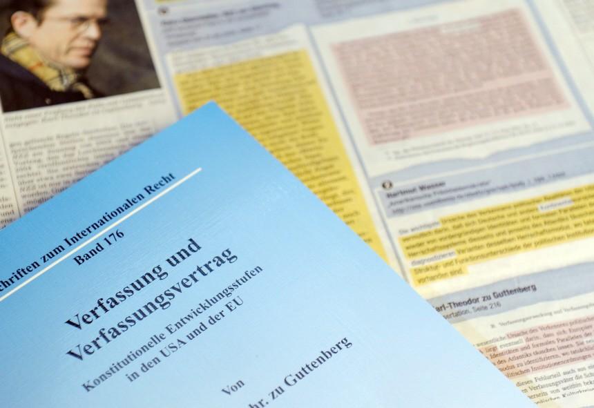 Uni Bayreuth zu Guttenberg-Doktorarbeit