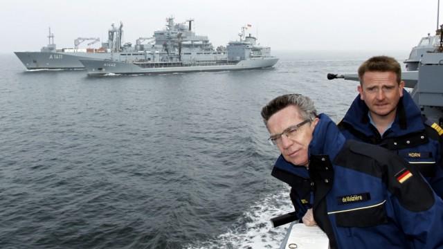 Verteidigungsminister zum Antrittsbesuch bei der Marine